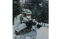Sniego maskuojamas kostiumas